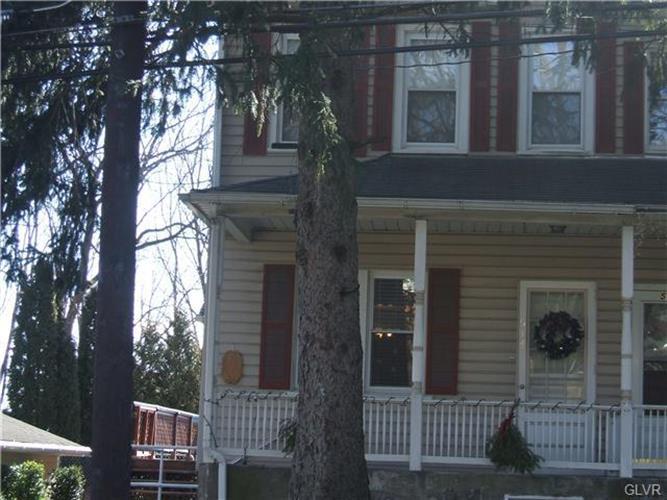 514 East Walnut Street, Nazareth, PA - USA (photo 1)
