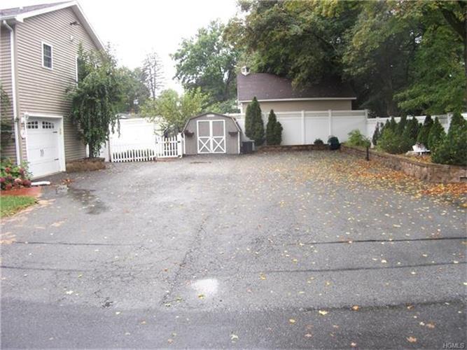 19 Cottage Street, Wallkill, NY - USA (photo 2)