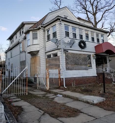 264 Greylock Pkwy, Belleville, NJ - USA (photo 1)