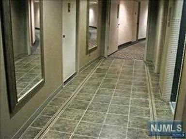 2400 Hudson Terrace, Unit #3 3&4 I, Fort Lee, NJ - USA (photo 5)
