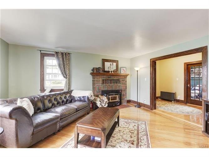 19 Van Buren Place, White Plains, NY - USA (photo 4)
