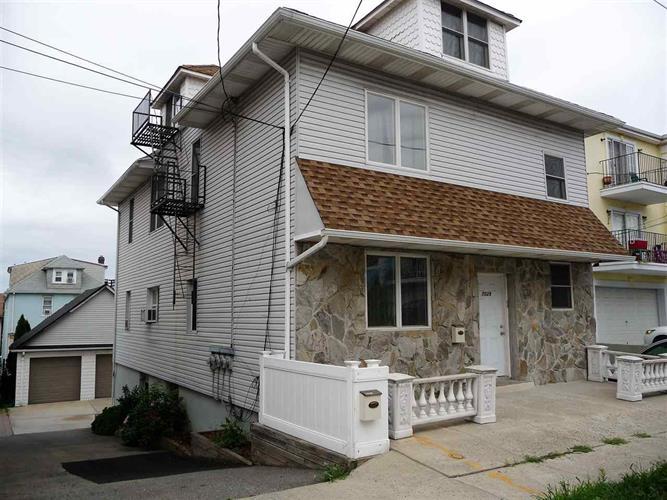 7029 Smith Ave #2, North Bergen, NJ - USA (photo 1)