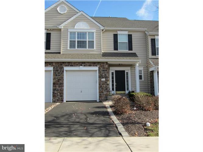 425 Elm Circle, Chalfont, PA - USA (photo 1)