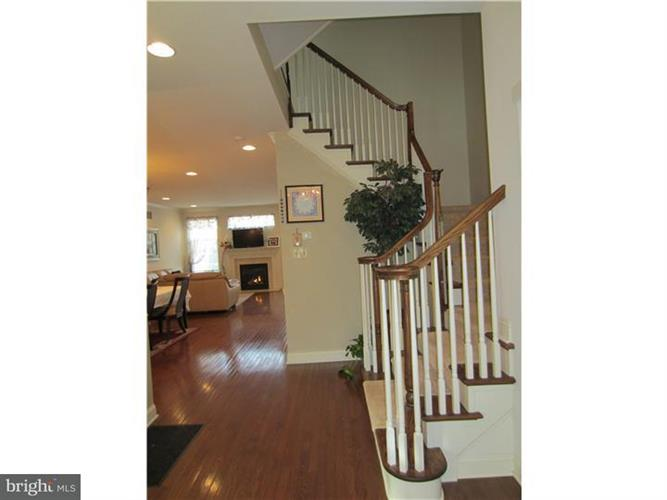 425 Elm Circle, Chalfont, PA - USA (photo 3)