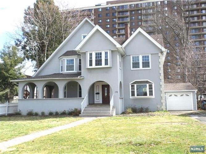 172 Summit Ave, Hackensack, NJ - USA (photo 1)