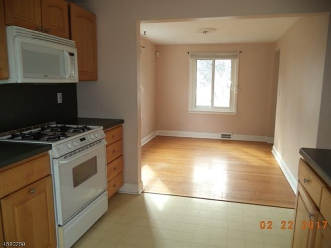 344 Glendale Rd, North Plainfield, NJ - USA (photo 5)