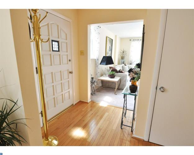 217 Juniper Rd, Havertown, PA - USA (photo 3)