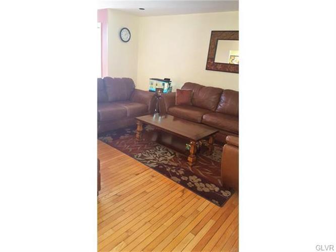 1388 Howard Lane, Palmer Twp, PA - USA (photo 4)