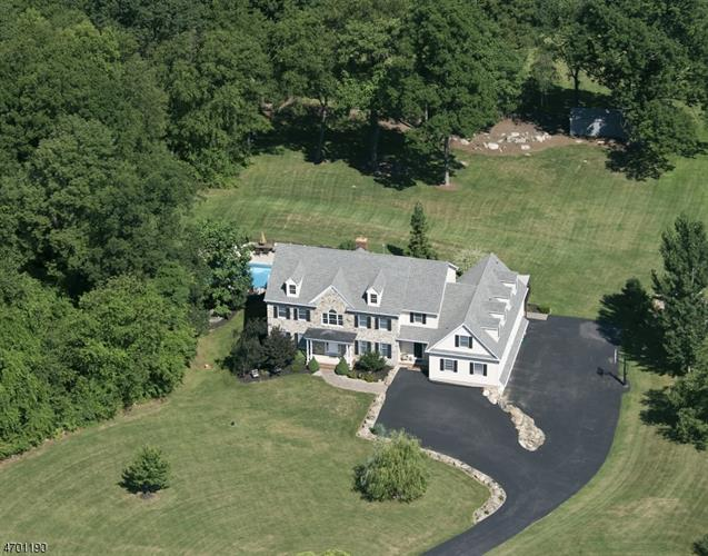 33 Woodland Heights Cir, Glen Gardner, NJ - USA (photo 1)