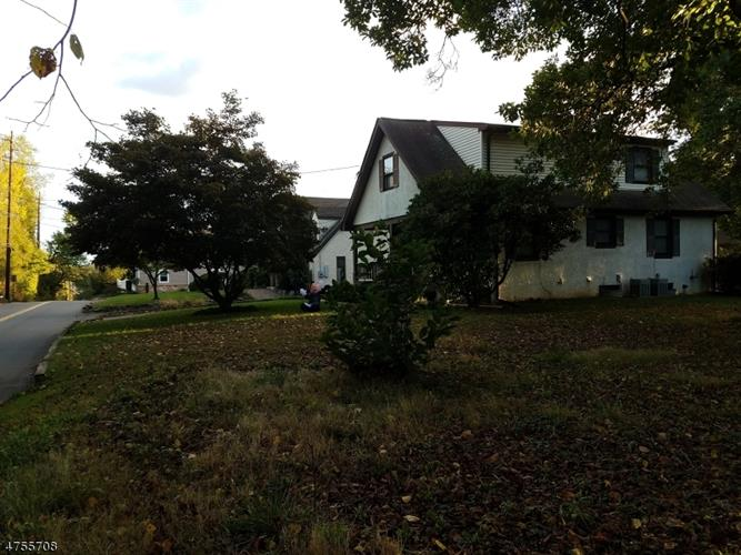 17 Heathcote Rd, South Brunswick, NJ - USA (photo 2)