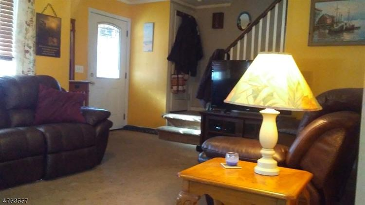 110 Birchwood Dr, Belleville, NJ - USA (photo 4)