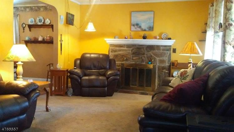 110 Birchwood Dr, Belleville, NJ - USA (photo 5)