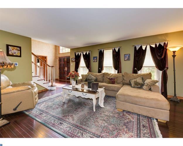 394 Holly Rd, Marlton, NJ - USA (photo 3)