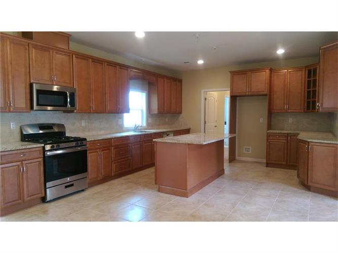320 Beatrice Place, South Plainfield, NJ - USA (photo 4)