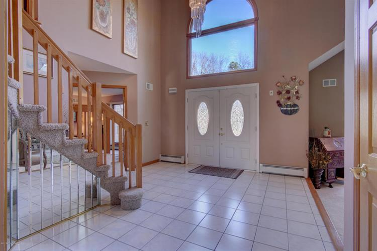 11 Decicco Drive, Freehold, NJ - USA (photo 4)