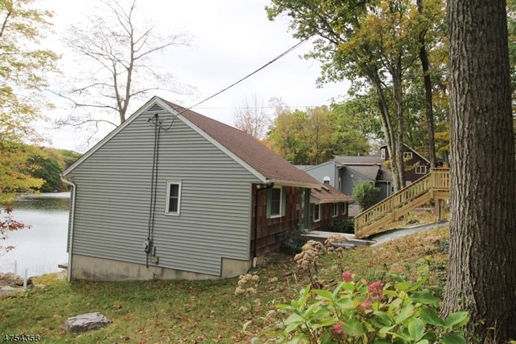 342 W Lakeshore Dr, Vernon, NJ - USA (photo 2)