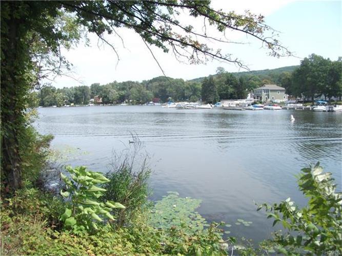 15 Waterstone Road, Greenwood Lake, NY - USA (photo 1)