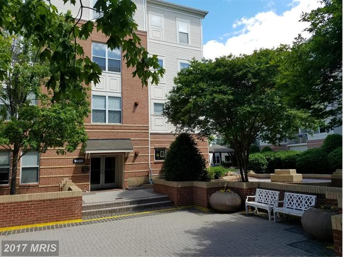 9480 Virginia Center Blvd #10, Vienna, VA - USA (photo 2)