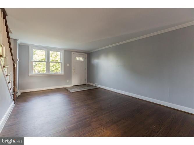 348 Westpark Lane, Clifton Heights, PA - USA (photo 3)