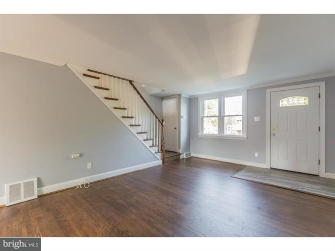 348 Westpark Lane, Clifton Heights, PA - USA (photo 4)