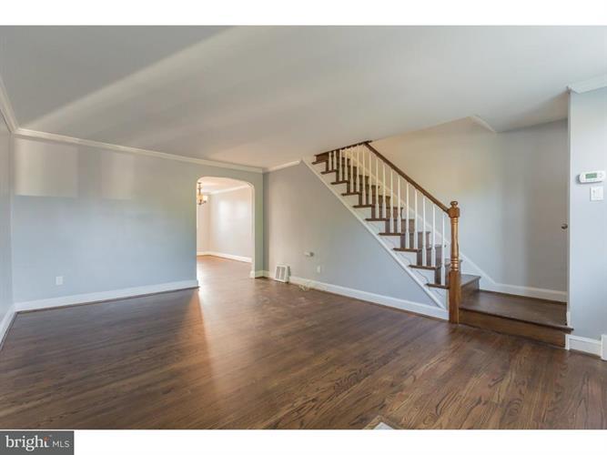 348 Westpark Lane, Clifton Heights, PA - USA (photo 5)