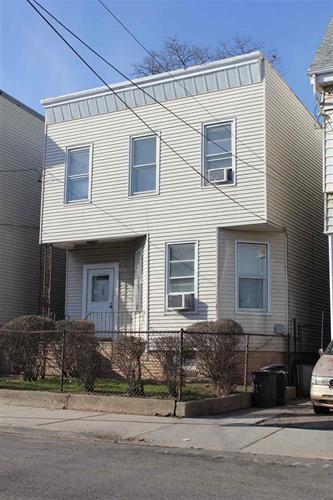 257 Arlington Ave 1 Family, Jersey City, NJ - USA (photo 1)