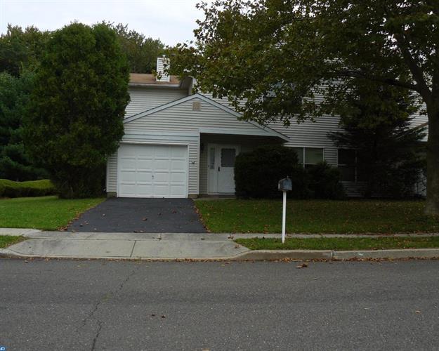 81 Wyndmoor Dr, East Windsor, NJ - USA (photo 1)