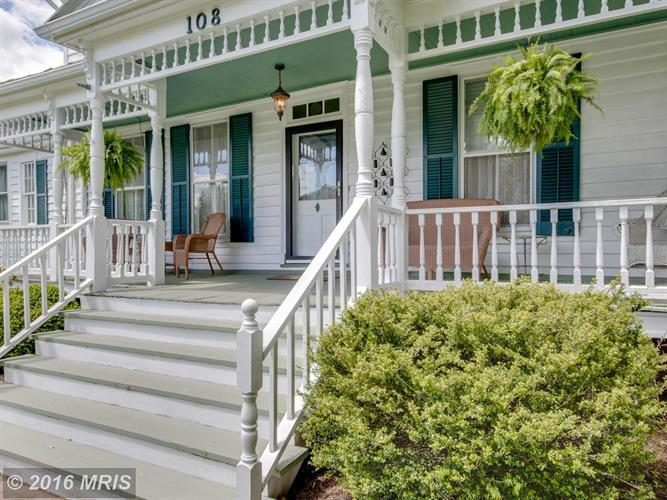 108 Main St S, Bowling Green, VA - USA (photo 2)