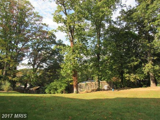 302 Chestnut Rd, Linthicum Heights, MD - USA (photo 5)