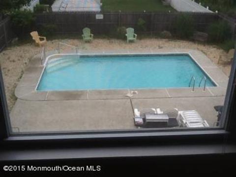 205 Arnold Avenue, Point Pleasant Beach, NJ - USA (photo 5)