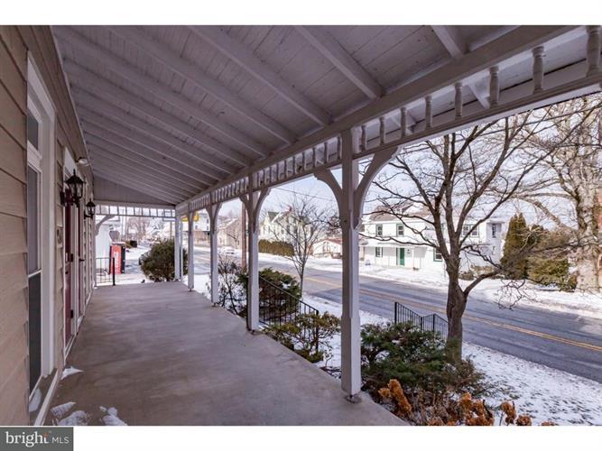 25 E Main Street, Elverson, PA - USA (photo 3)