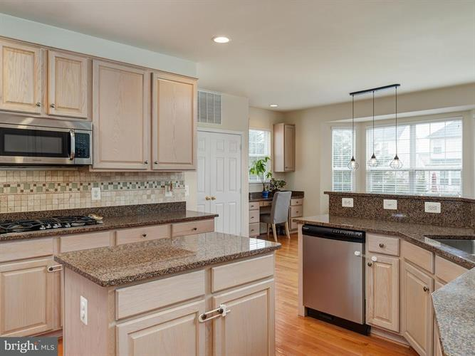 8693 Belgrove Gardens Lane, Gainesville, VA - USA (photo 5)