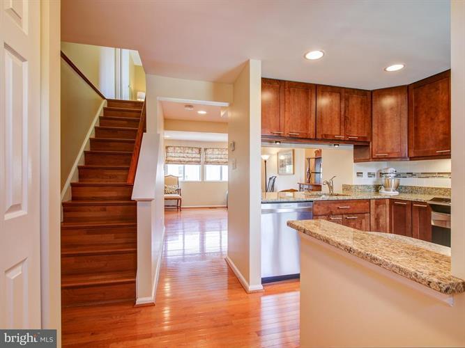 14722 Crosswood Terrace, Burtonsville, MD - USA (photo 3)