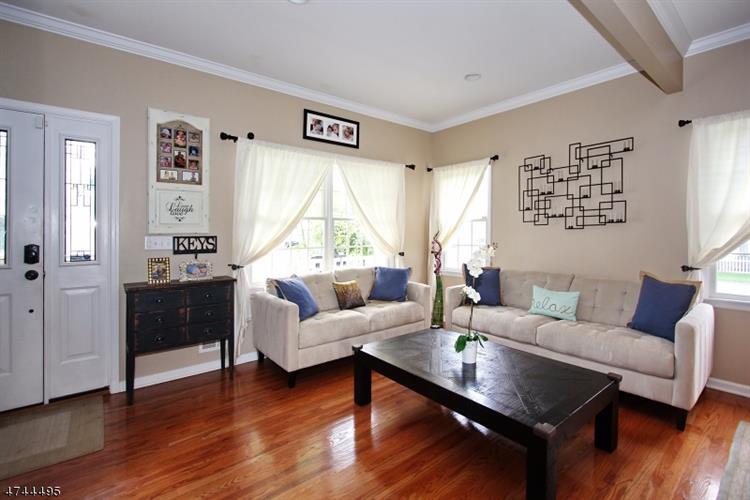 2031 Prospect Ave, Scotch Plains, NJ - USA (photo 2)