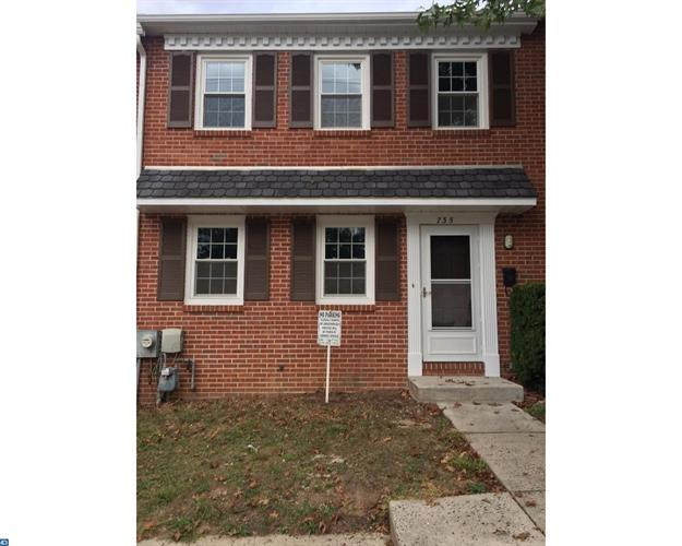 735 E Moore St, Norristown, PA - USA (photo 1)