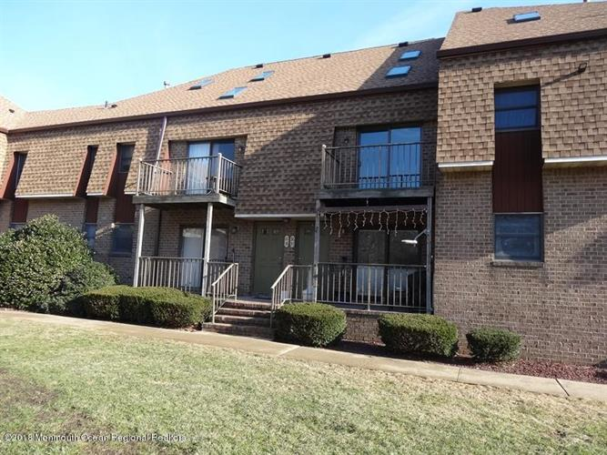 36 Ginger Court, Eatontown, NJ - USA (photo 1)