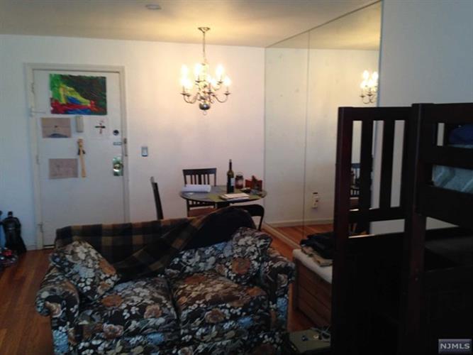 605 Grove St L7, Clifton, NJ - USA (photo 3)