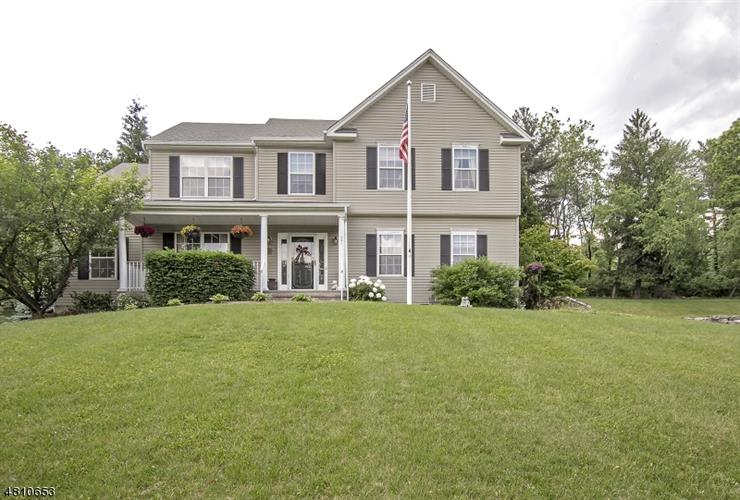 37 Winchester Avenue, Allamuchy Twp, NJ - USA (photo 1)