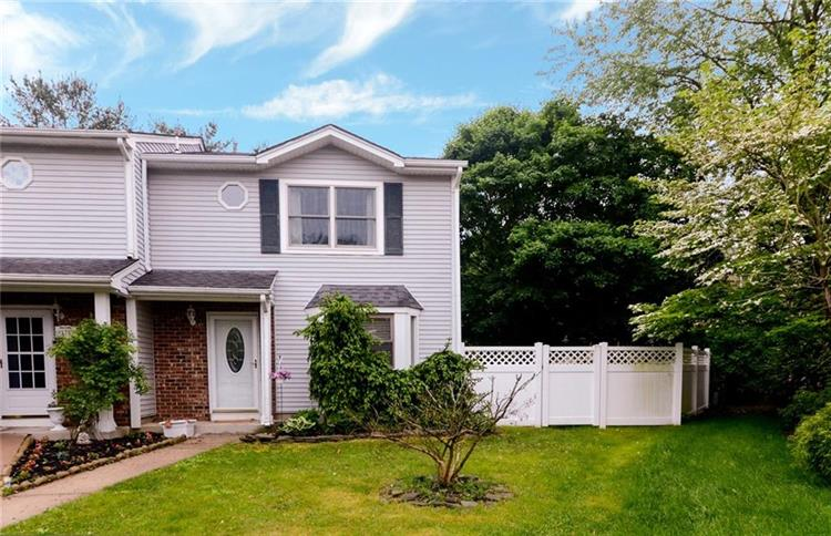 126 Leah Court, South Brunswick, NJ - USA (photo 2)