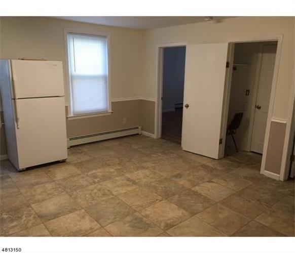 15 Doughty St A, Raritan, NJ - USA (photo 3)