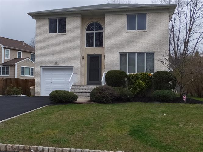 12 Wilbur Street, New Providence, NJ - USA (photo 1)