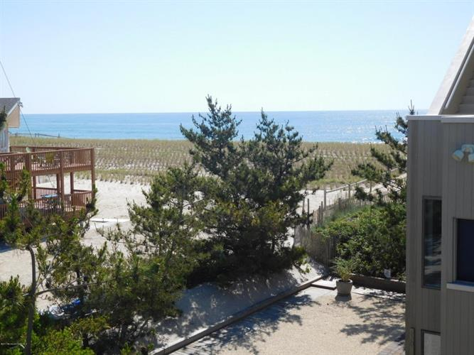 6305 E Long Beach Boulevard, Harvey Cedars, NJ - USA (photo 3)