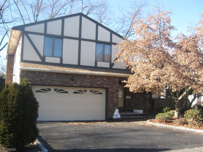 81 Hastings Ave, Nutley, NJ - USA (photo 1)