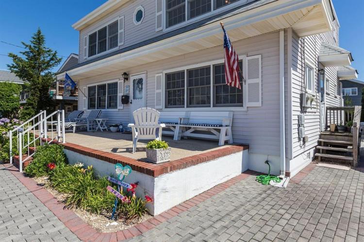 319 5th Street, Beach Haven, NJ - USA (photo 5)