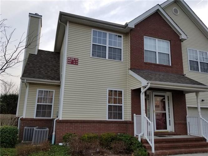 45 Forest Drive 45, Piscataway, NJ - USA (photo 1)