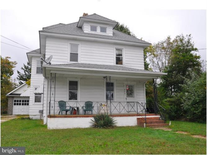 303 Pennington Avenue, Waterford Works, NJ - USA (photo 1)