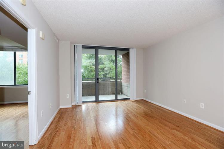 11710 Old Georgetown Road 325, North Bethesda, MD - USA (photo 2)
