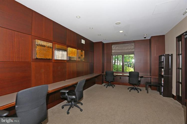 11710 Old Georgetown Road 325, North Bethesda, MD - USA (photo 4)