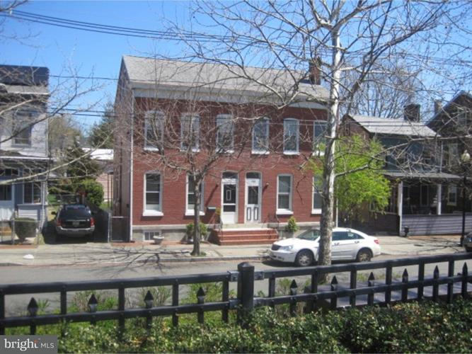 986 Lamberton Street, Trenton, NJ - USA (photo 2)