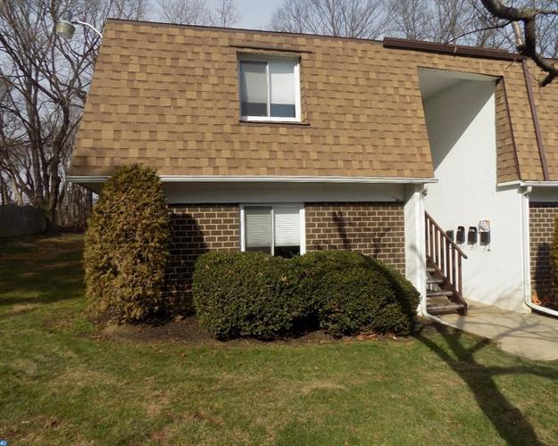 411 N Stiles Ave #a1 A1, Maple Shade, NJ - USA (photo 2)